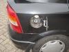Opel Astra Kombi: Einfüllstutzen